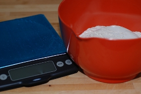 090614kitchen_scale.jpg
