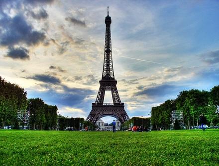 090729_travel-abroad.jpg
