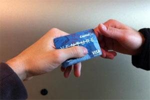 110311_creditcard_06.jpg