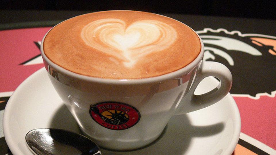 1日にコーヒーを何杯も飲む人は特定のガンになるリスクが減る!?