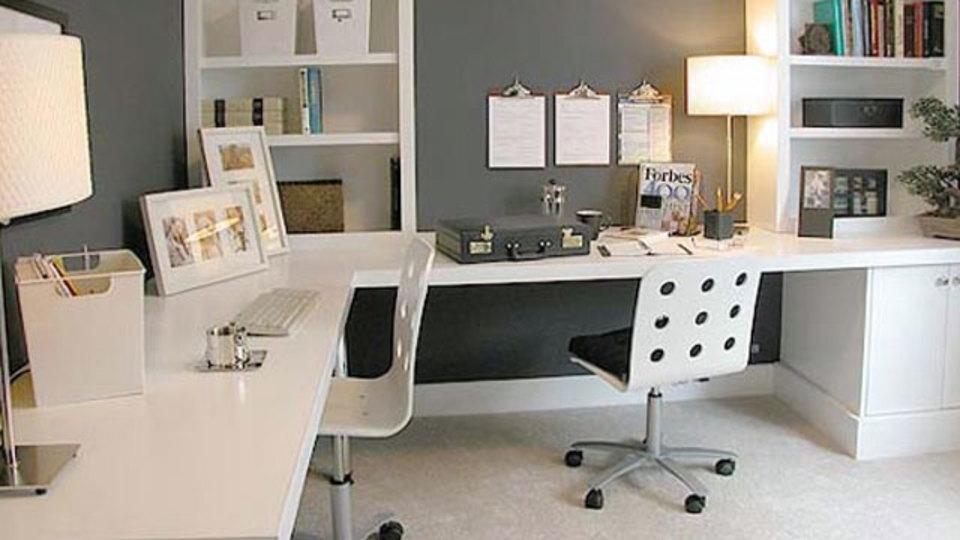 仕事場探訪:クリップボードを壁に掛けてみたらクリエイティブな仕事環境に