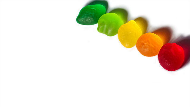 xlarge_rainbow-gummies.jpg
