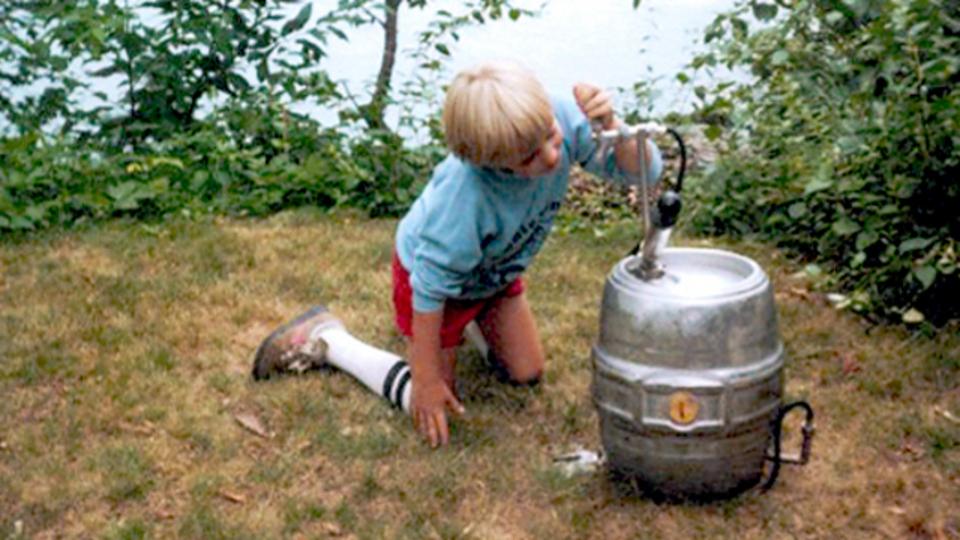 海外では子供にお酒のことを教えるときにはお酒を作るのが最適らしい