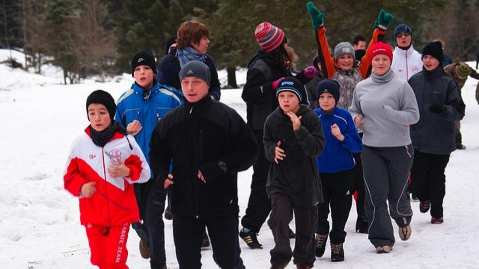 「冬の屋外」で運動する時に役立つ「防寒・安全・快適」対策