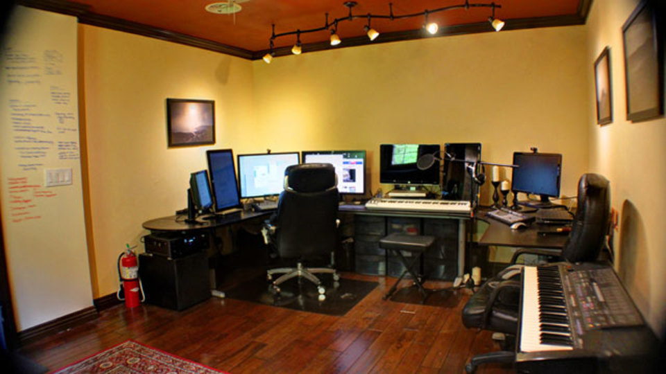 仕事場探訪:納屋はここまで変わる! とってもステキな自宅オフィス