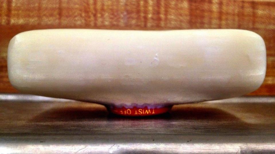 ペットボトルのフタをねじ込めば固形石けんがスライム状になりません!