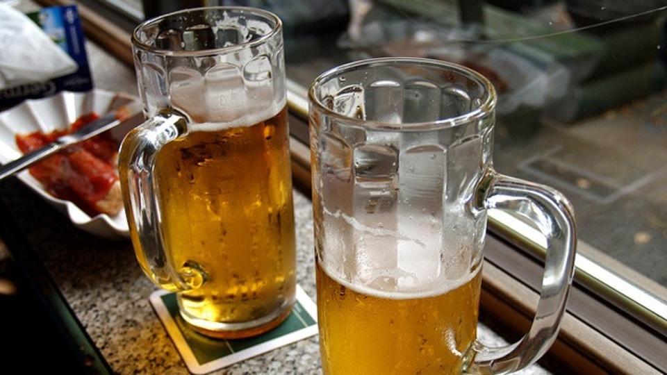 ビールで髪を洗うと健康になる? 簡単ビールシャンプー&コンディショナーの作り方