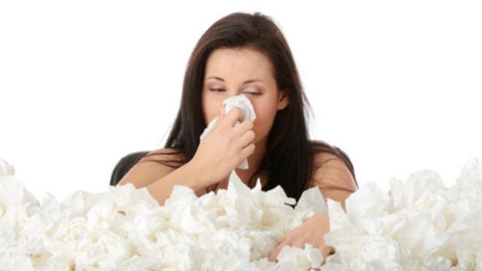 襲いかかる謎の鼻炎症状。気温の急激な変化がもたらす「寒暖差アレルギー」とは?