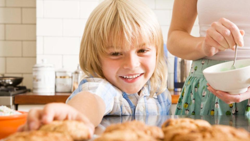 抜き型がなくてもできる「完ぺきに丸くて形が同じ」なクッキーの作り方