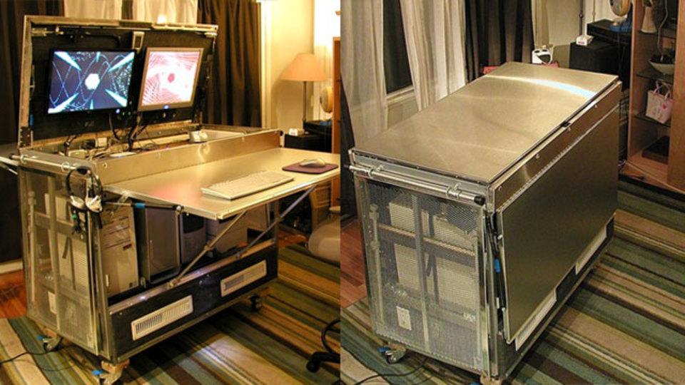 イケアのキッチンテーブルで収納力抜群&移動可能な「一箱オフィス」をDIY