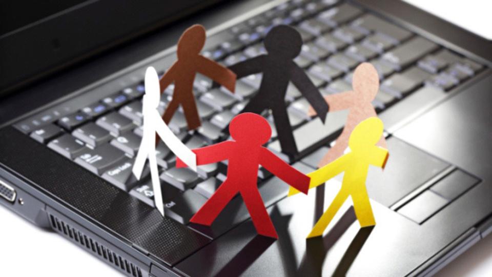 Facebookのイベント参加者をExcelファイルで出力する方法