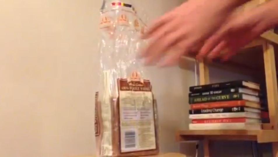 開封後のパンを道具を使わず完ぺきに保存する方法(動画あり)