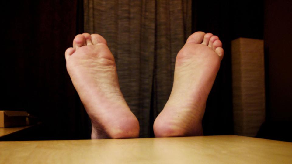 足の臭いが気になるときは重曹を使うと消臭できる!