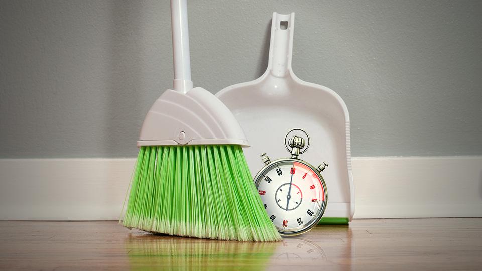 来客前に! 15分以内で家中を掃除する方法