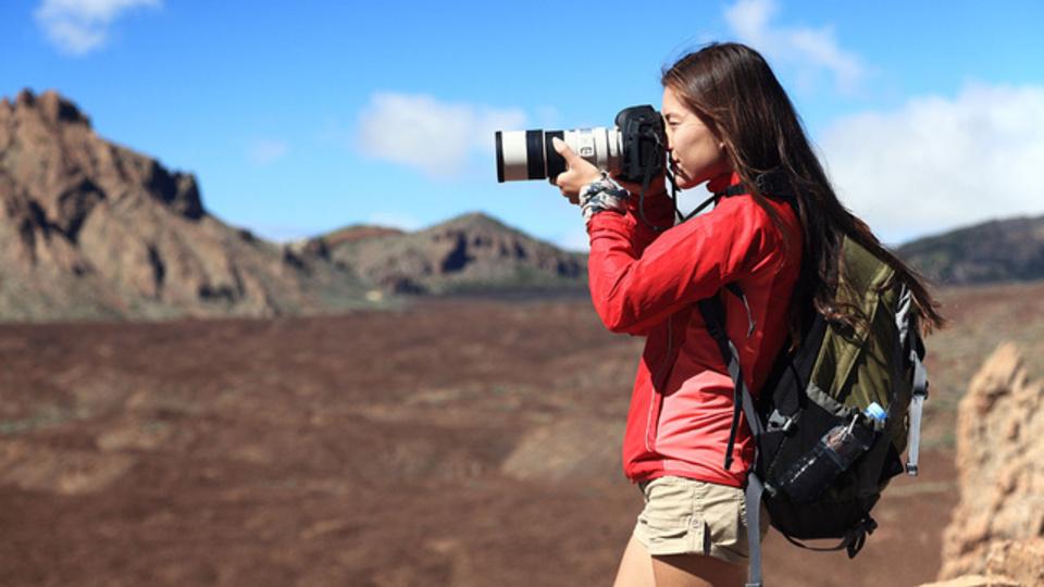 一眼レフカメラや精密機器を持って安全に旅をするための手引き