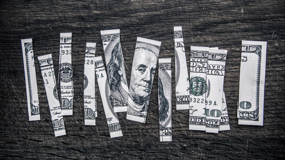 就職時に給与交渉をしないと、将来的には大きな損失になる