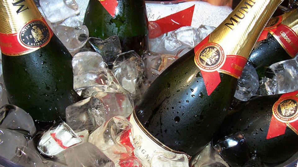 シャンパンは「エクストラ・ブリュット」を選ぶと太りにくい