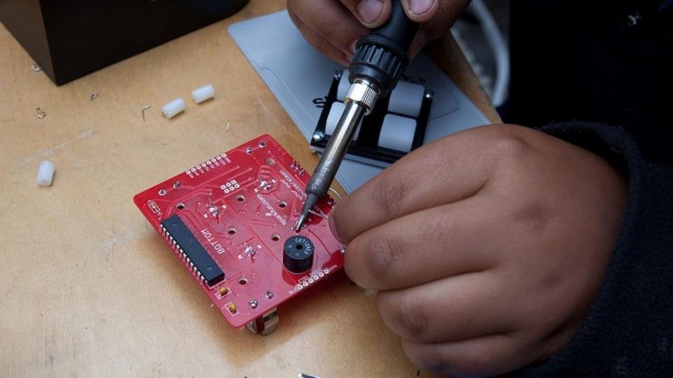 DIYの電子工作プロジェクトを始めよう!