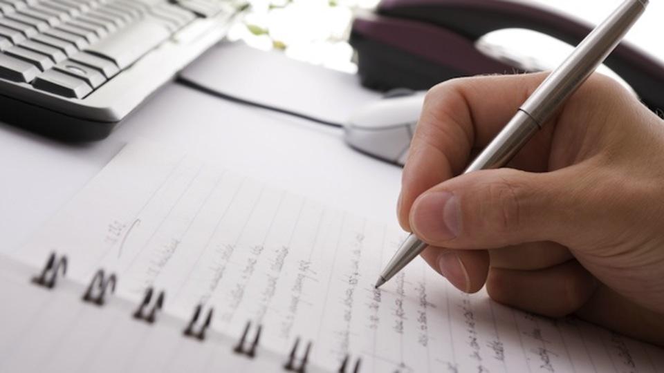 毎日しんどい...そんな時は自分を疲れさせる原因を書き出して、解決策を探していこう