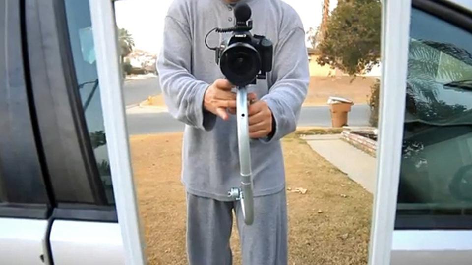 一眼レフカメラにも使える「15ドル・ステディカム」をDIYすれば、もう手ブレなんて怖くない