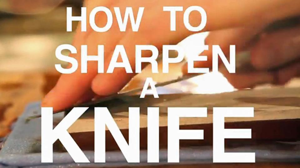 切れ味、サイコー! 砥石で刃物を研ぐ方法