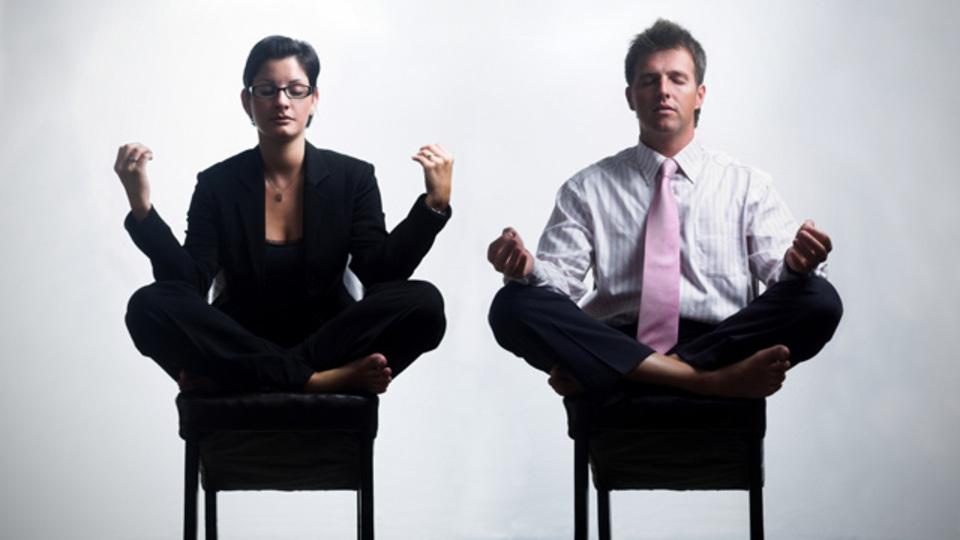 オフィスでもできる簡単「禅」エクササイズでストレス解消