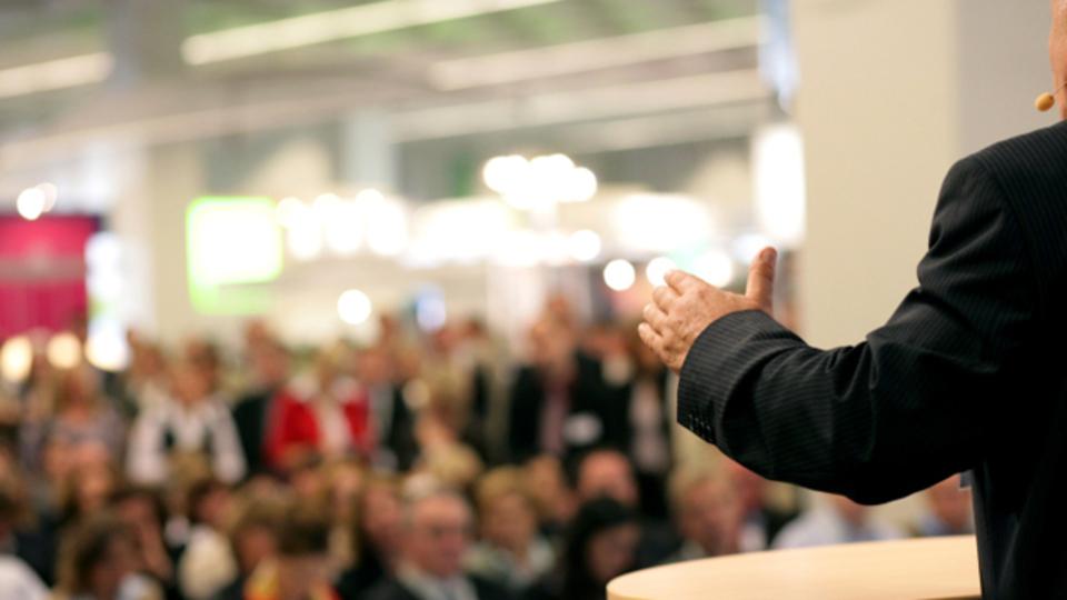 スピーチは失敗から学べ!ベストセラー作家が教えるスピーチの極意