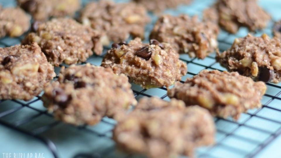 簡単&ヘルシー! 「バナナ」と「オートミール」で作るクッキーのレシピ