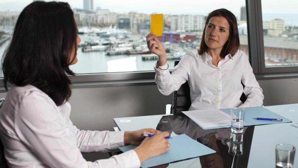 上司が「率直な意見」を求めてきた時の対処法