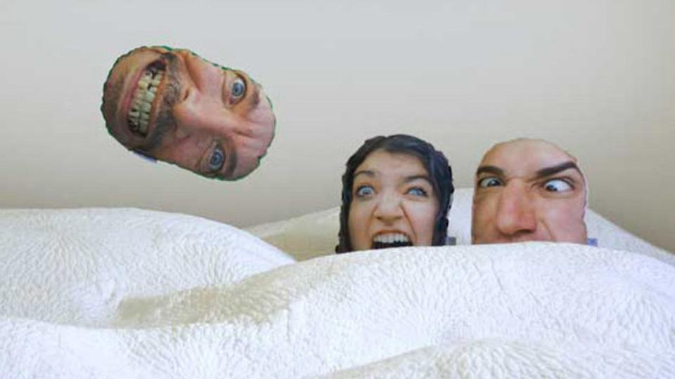 顔面のクッションが作れるサービス「PillowMob」