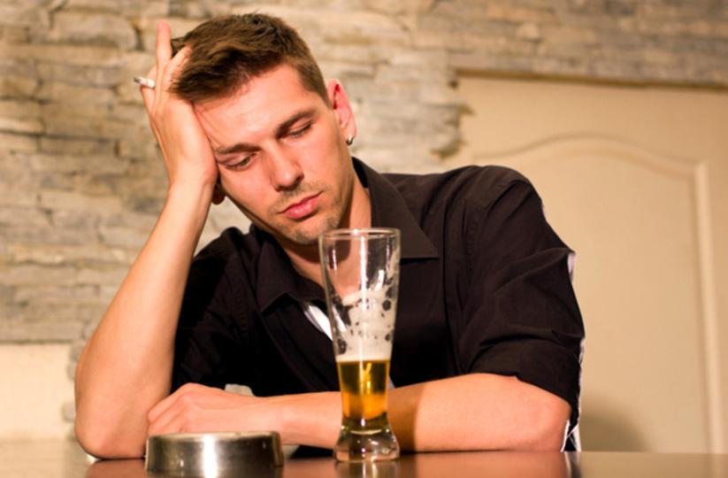 創造力をアップさせるキーワードは「ほろ酔い」と「ウトウト」?