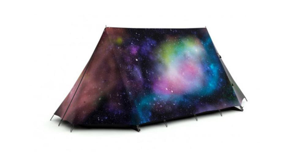 宇宙柄も! 奇抜なフライシートで楽しむテント
