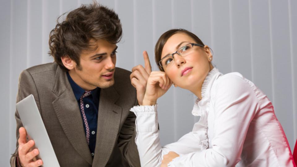 話し過ぎは逆効果! 相手に話を聞いてもらう極意は「控えめに話すこと」