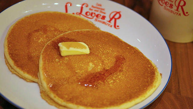 130530le_creuset_pancake_11b.jpg
