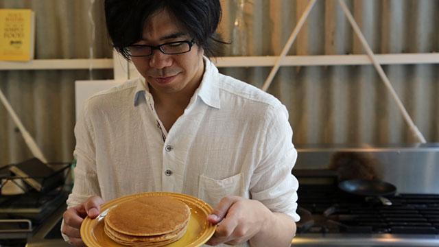 130530le_creuset_pancake_9.jpg