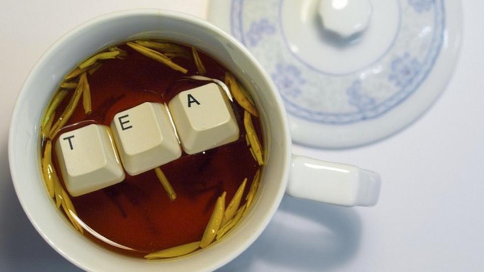 お茶が飲みたい:電子レンジを使ってお湯をわかすときに気をつけること