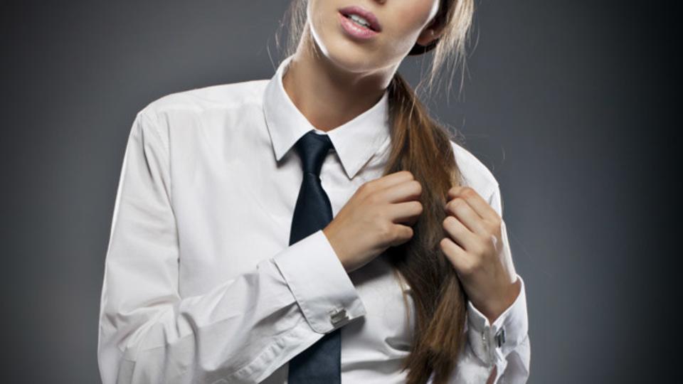 ワキ汗が原因の白シャツのシミを消し去るハック