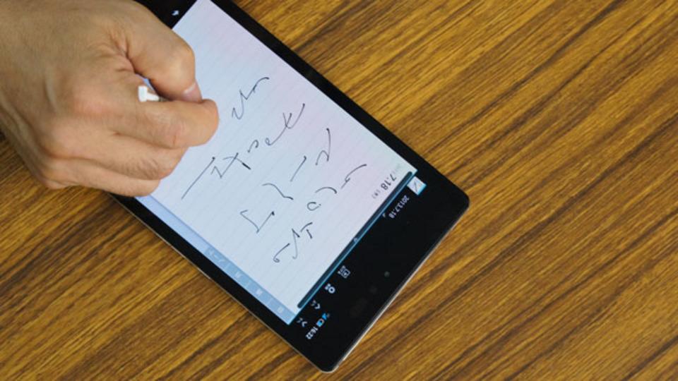 速記すごい。新タブレットAQUOS PADの手書きも、いい。アイデアを直感的に残せる。