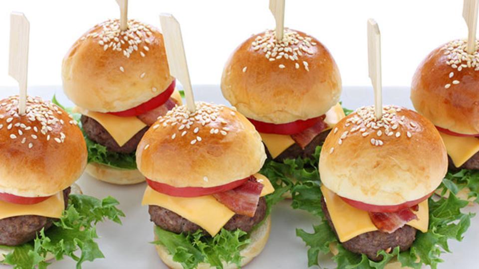 一日の食事回数が増えてもダイエットに直接影響しない:研究結果