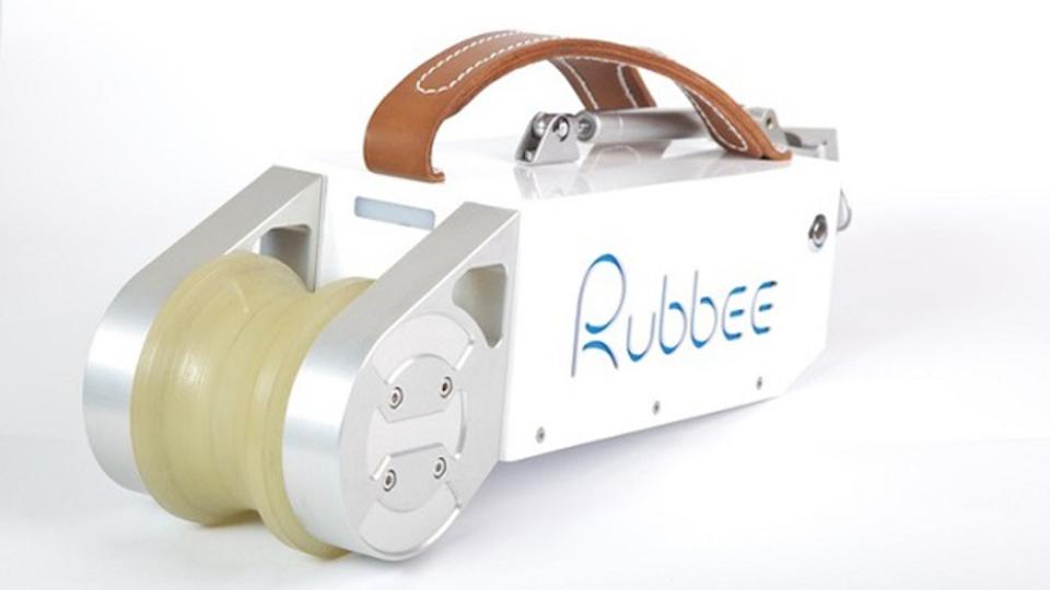 普通の自転車をワンタッチで電動自転車に変えるキット「Rubbee」