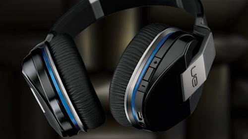 ワイヤレスなら:Logitech Ultimate Ears UE9000 Bluetooth Wireless Headphones