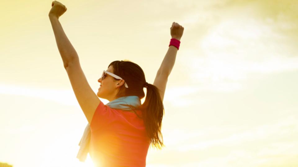 運動は健康だけでなく、精神安定や自信をつけるのにも役立つ:研究結果