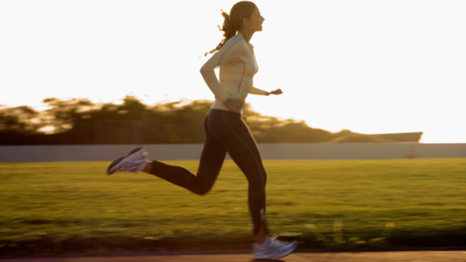 悩んだら、走るんだ! 習慣的な運動はストレス耐性を高めるとの研究結果