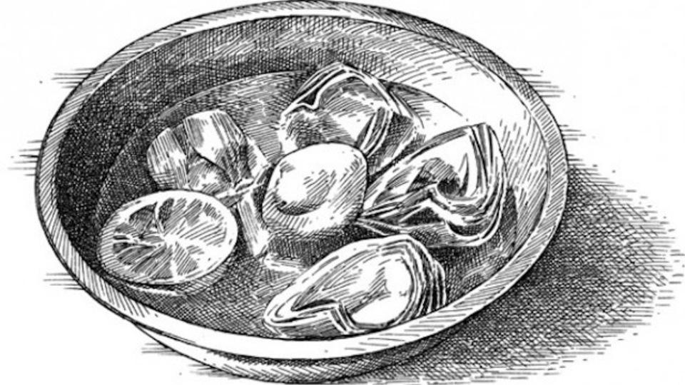 フルーツや野菜の変色を防ぐのに、絞り終わったレモンの皮が使える