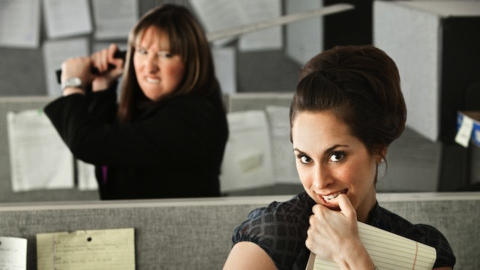 新しい会社の人とうまくやるためには、前の会社の話をあまりしないほうがいい