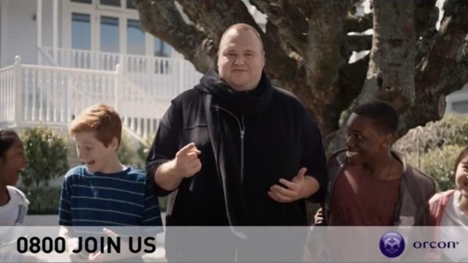「MEGA」創設者キム・ドットコムがニュージーランドの無制限ブロードバンドサービスの広告に登場していた