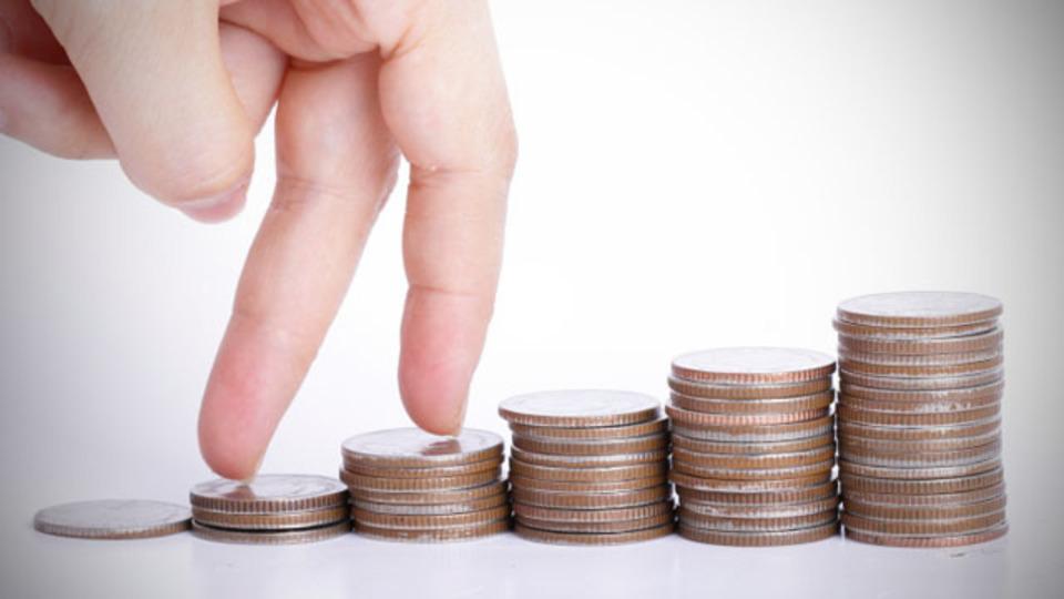 「気づいたら貯まってる貯金」をするためには、第二の銀行口座をもつといい