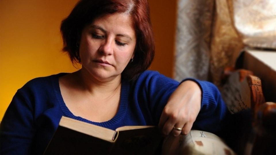 文学青年は空気が読める!? 純文学を読んでいる人は共感力やEQが高いという調査結果