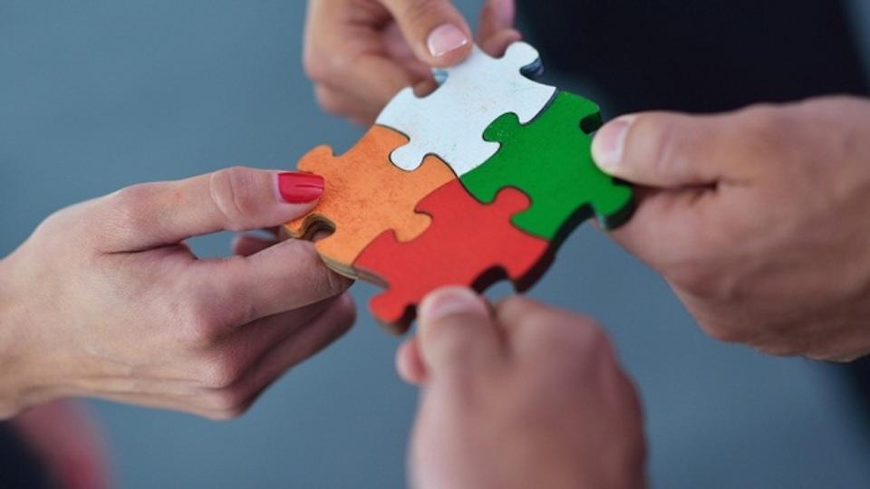 結局のところ大切なのは信頼関係。仕事で「長続きする人間関係」を築くための5つのヒント