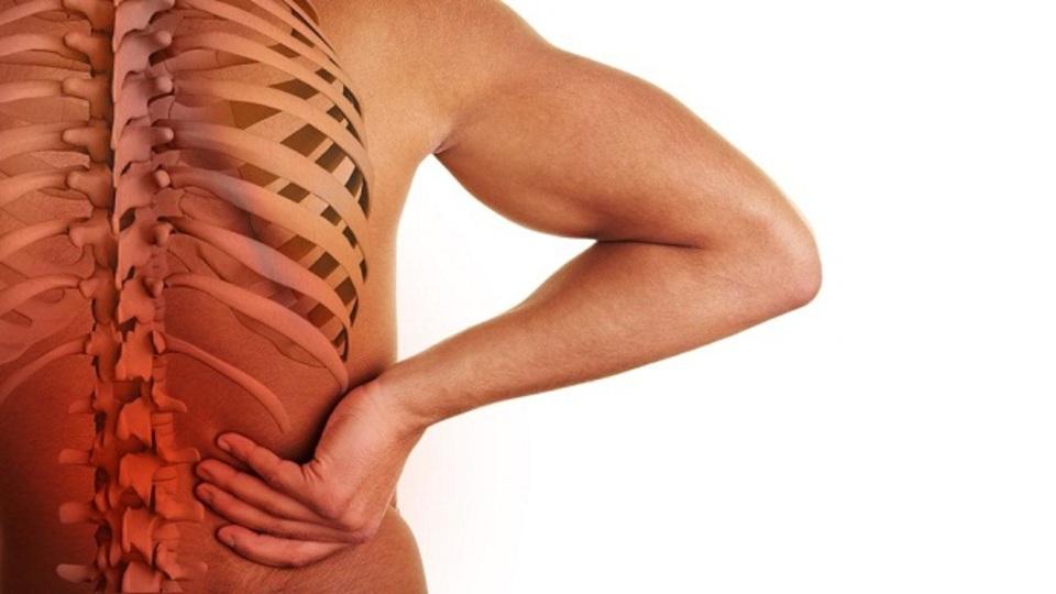 怒りや恨みが腰痛の原因になる!? 腰痛を引き起こす8つの生活習慣